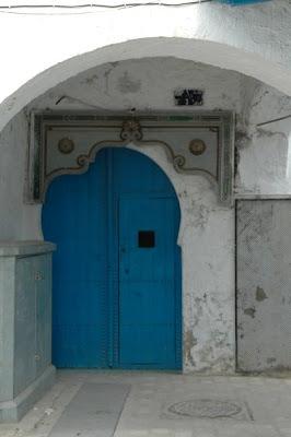 DOORS in TUNEZ