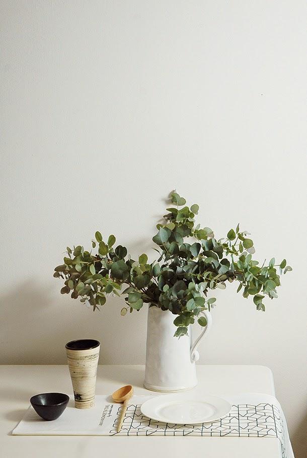 Table styling, linen tea towels, ceramics