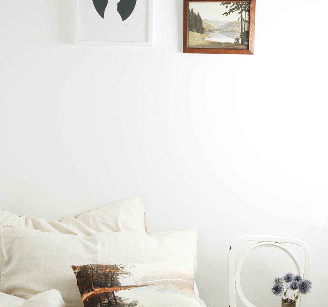 Bedroom red lake cushion