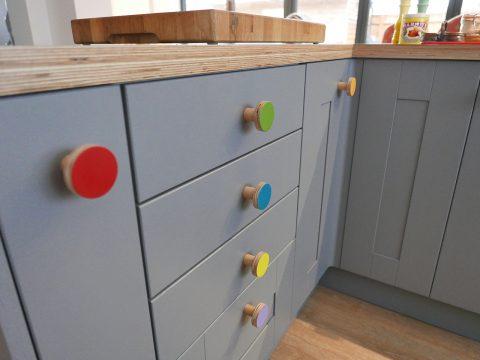 kitchen wooden knobs