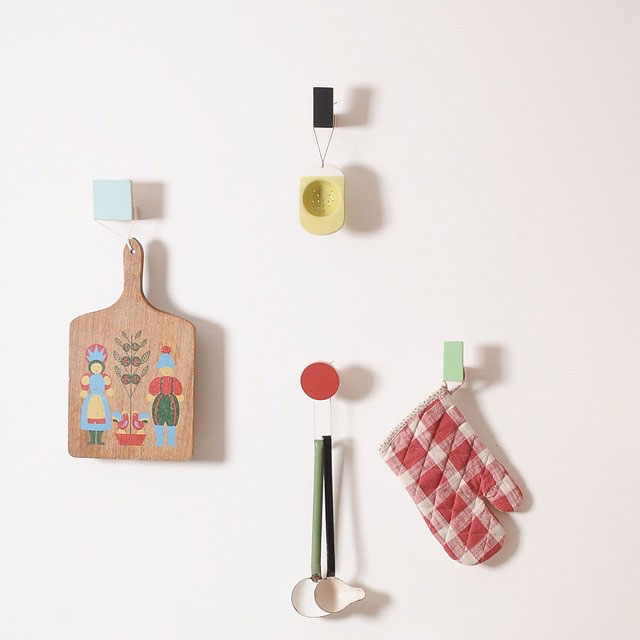 wooden wall hooks, rectangular design - chocolate creative