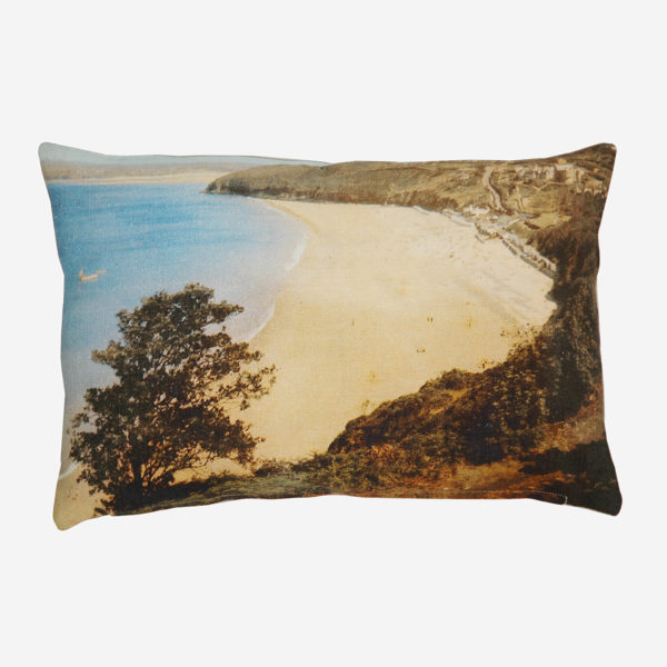 Vintage beach cushion